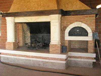 Chimenea tradicional abierta for Chimeneas interiores sin humo